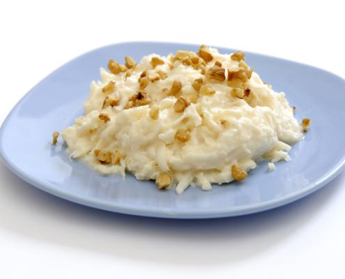 Joghurtos zeller saláta